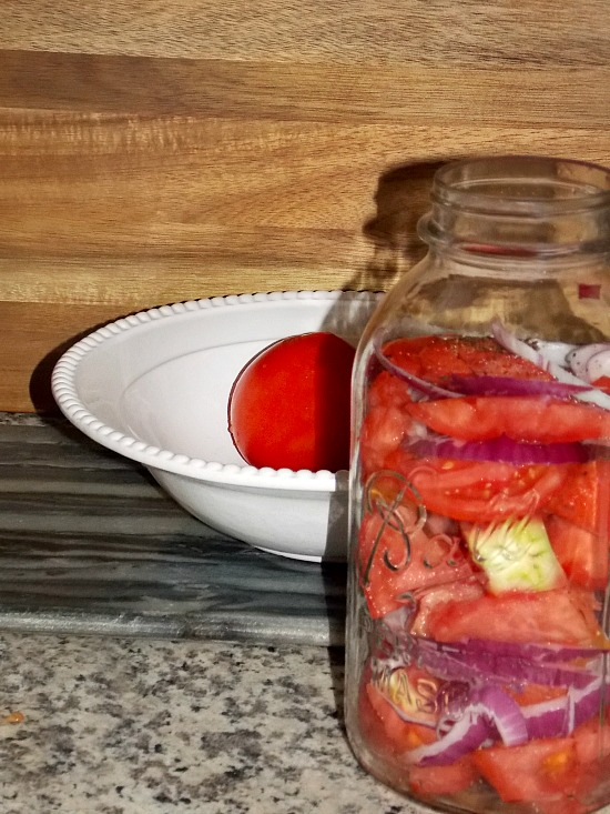 tomatoes-sliced-onions-Ball-Mason-jar