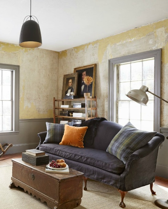 camelback-sofa