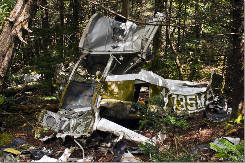 CrashedPlane - Click to see it in my Photo Gallery