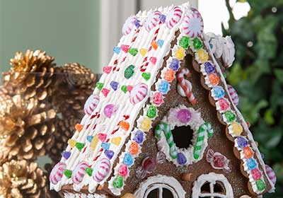 Everlasting Gingerbread House With Collage Clay Project