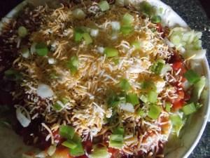 2013 10 25 00028 300x225 large family easy snack idea taco dip