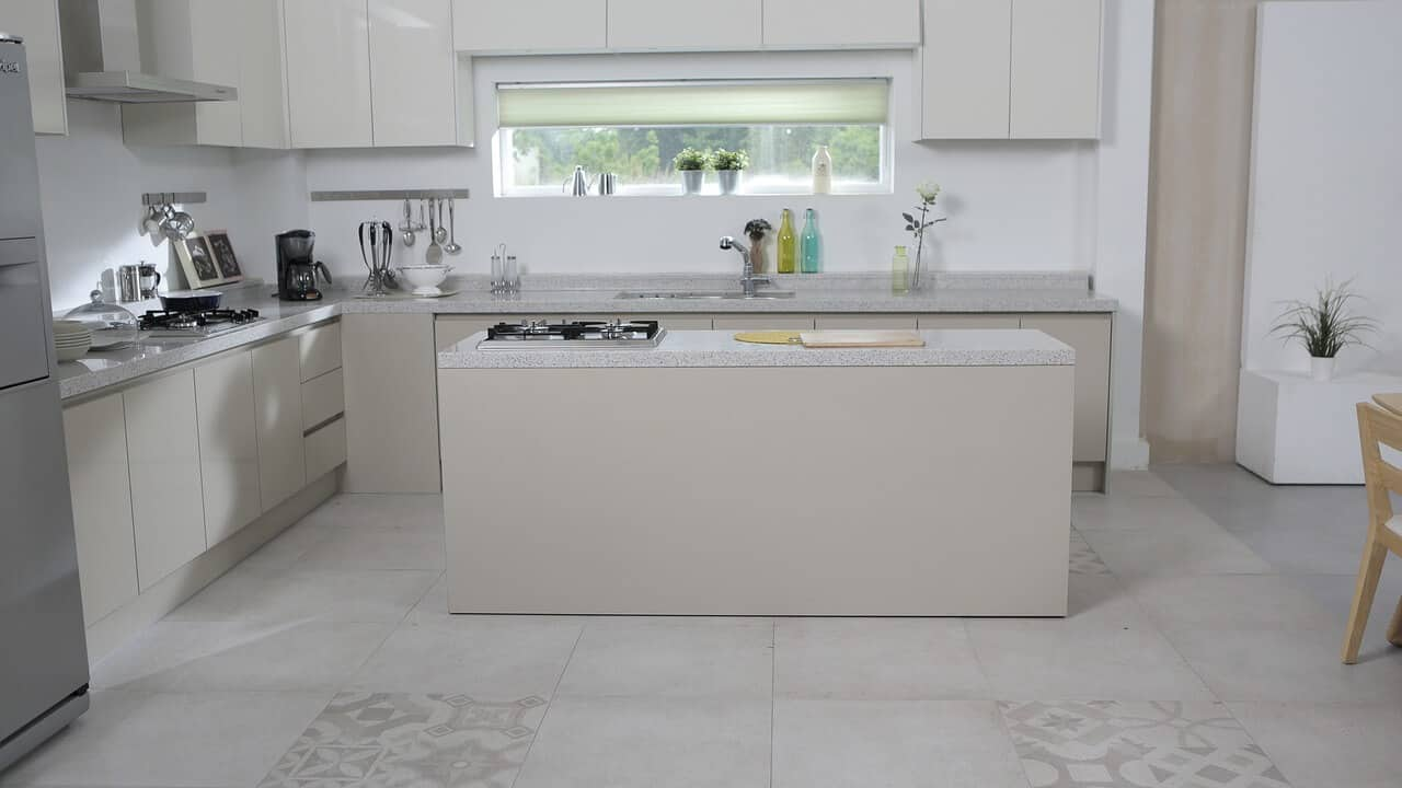 What Are the Best Materials for Kitchen Floors? | Plain Help