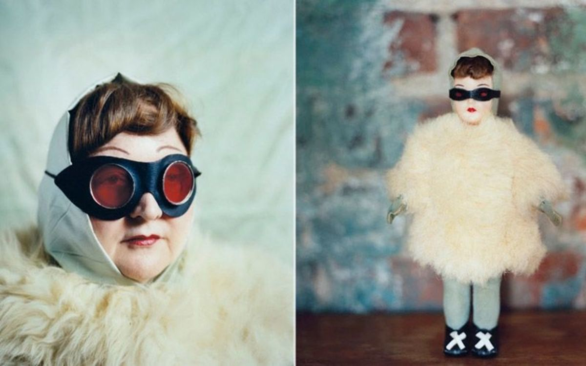 Random New Yorkers Dressed As Antique Dolls