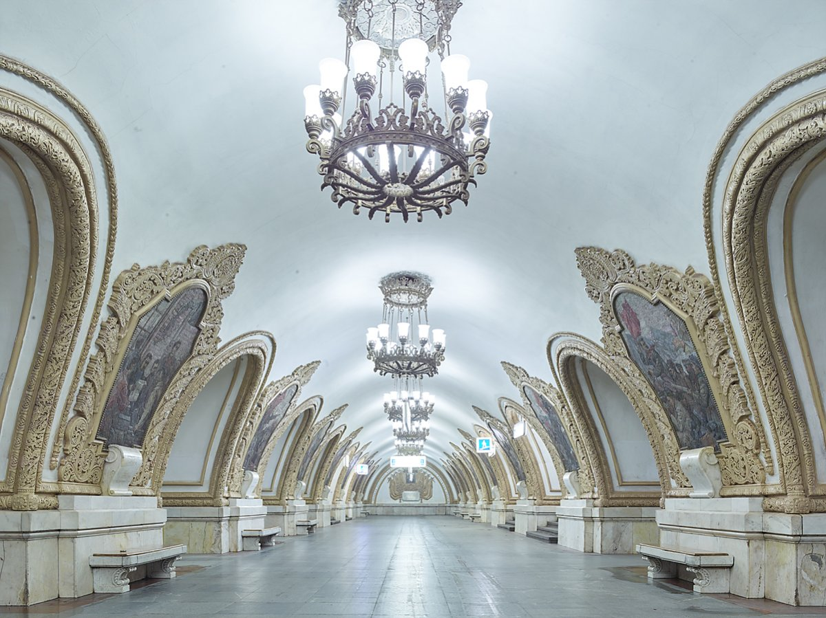 content_plain-magazine-david-burdeny-moscow-subway-06