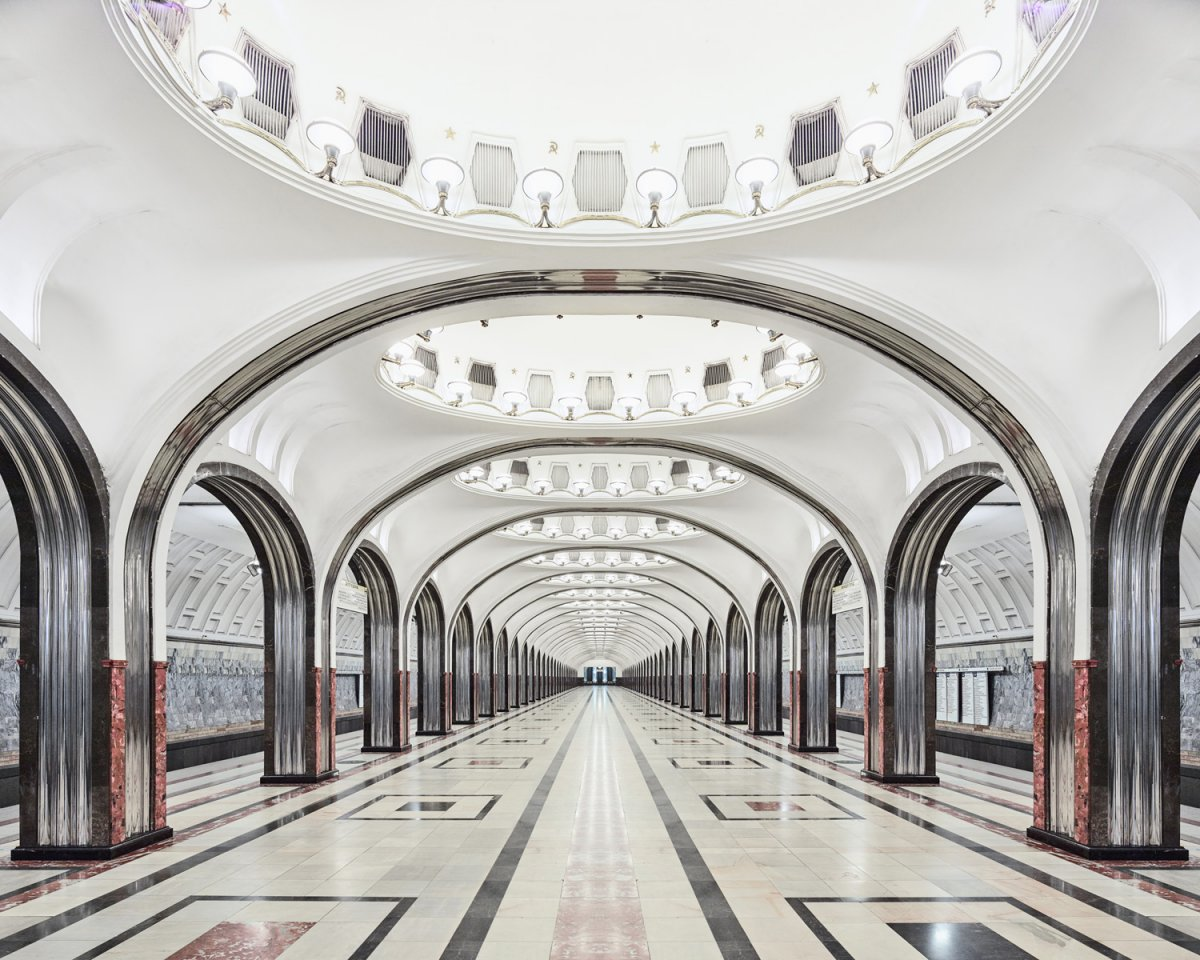 content_plain-magazine-david-burdeny-moscow-subway-14