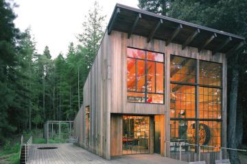 content_plain-magazine-cov-lundberg-cabin-10