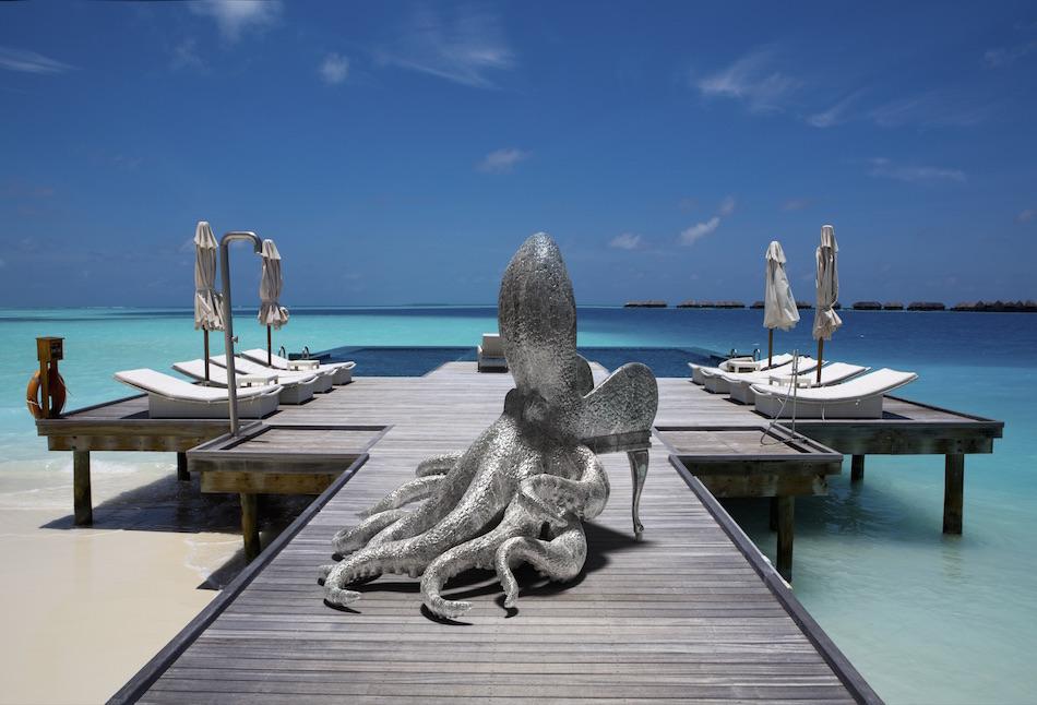 content_plain-magazine-reira-animal-chairs-04