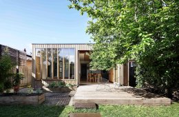 Moloney Architects Wooden Box House Architecture