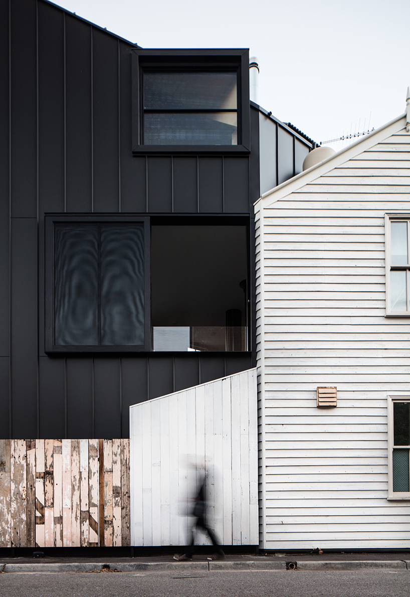 OOF! Architecture Triangular House