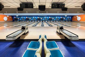 Robert Gotzfried Bowling Alleys Photography