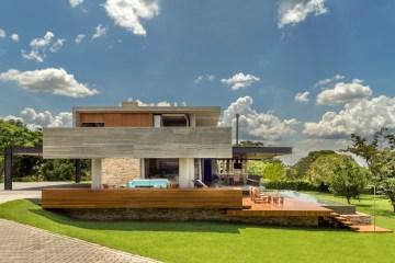 Costaveras Arquitetos Concrete House