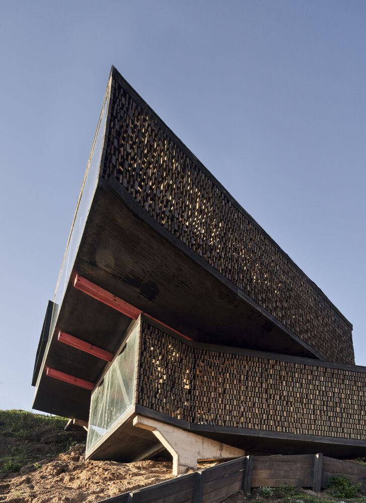 Panal House Estudio Dikenstein Arquitectos
