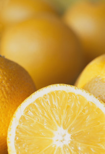 squeeze oranges,