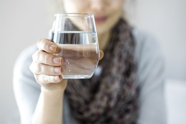 Drink Plenty of Fresh Water for Youthful Hands and Healthy Skin