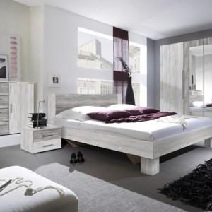 VERA set: garde-robe 4 portes, Lit avec tables de chevet , Commode