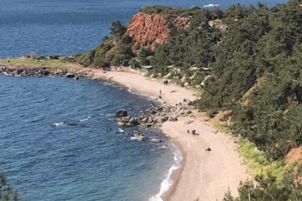 Burgazada Madam Marta Koyu Plajı