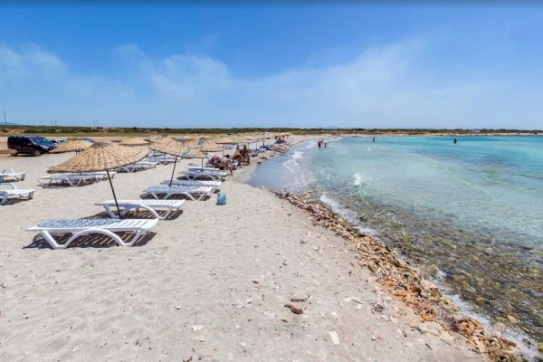 Didim Manastır Koyu Plajı