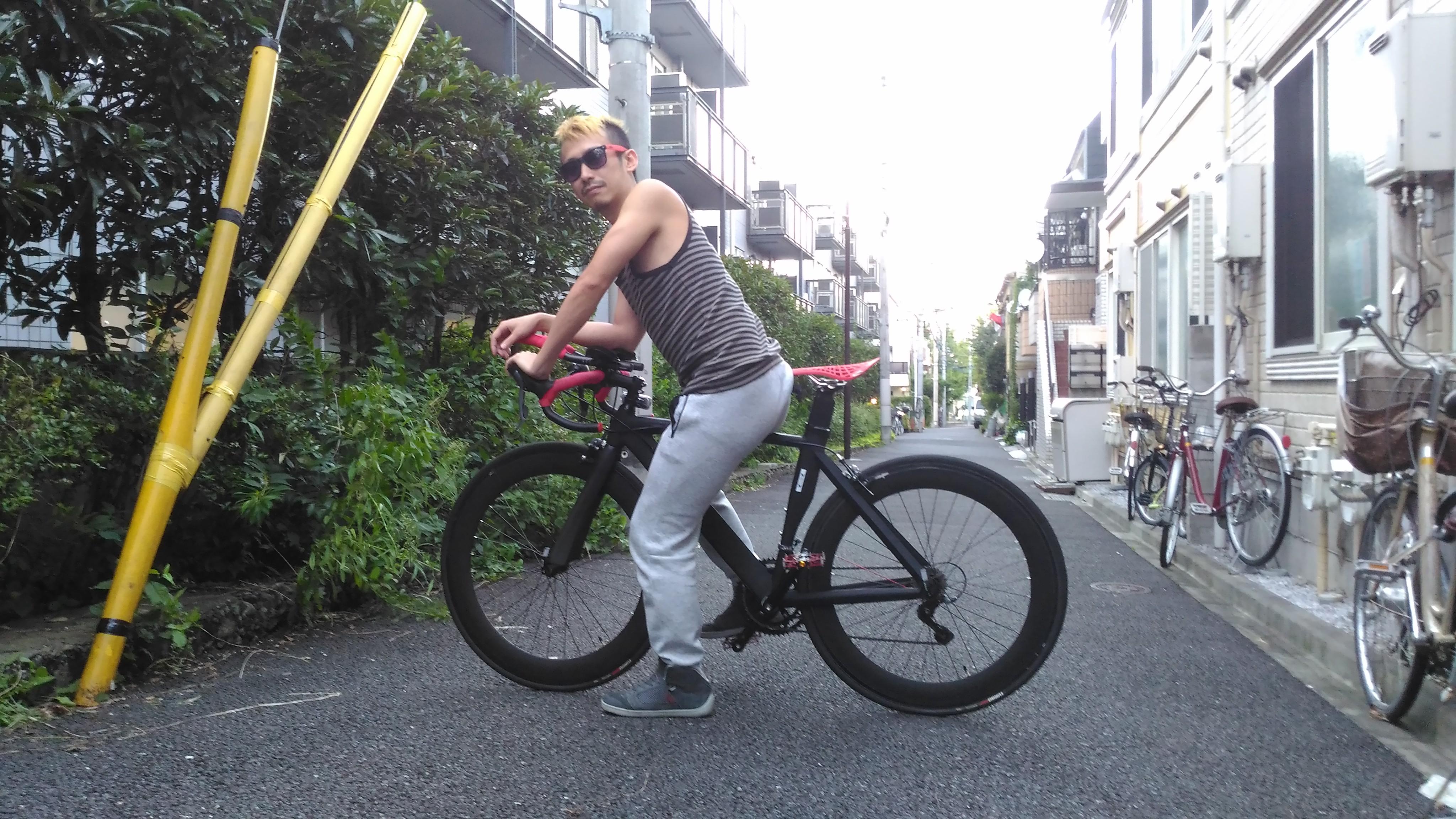 ロードバイクにテプラ