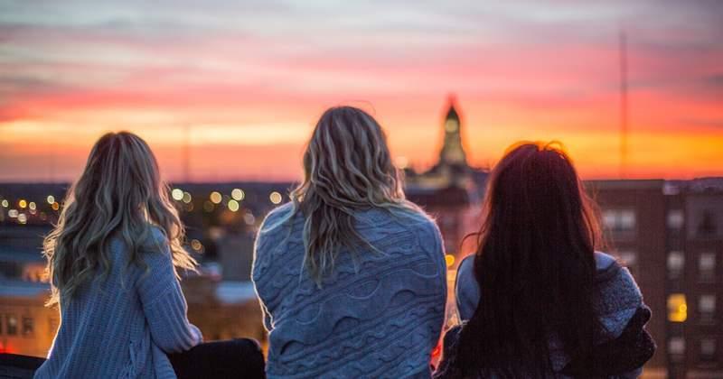 1570904196 3684 Three Women Sunset 072718