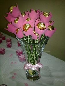 Lembrancinha de casamento: tulipa de chocolate Ferrero Rocher