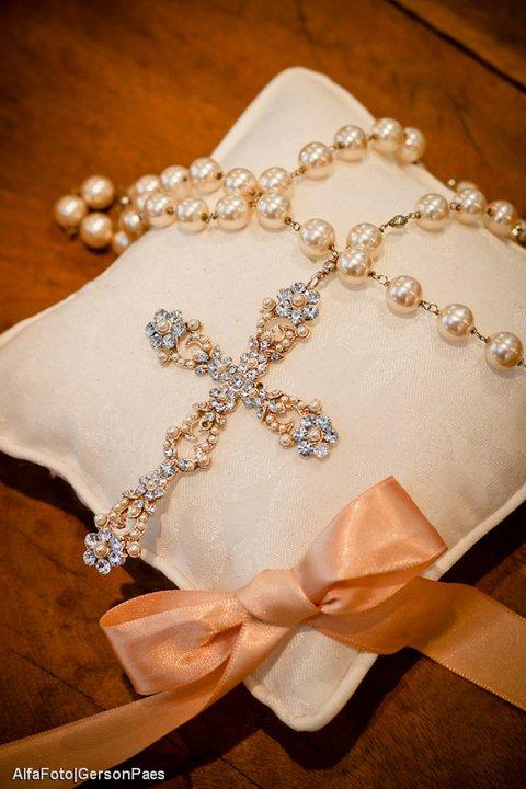 Terço de noiva em pérolas. Foto: Alfa Foto.