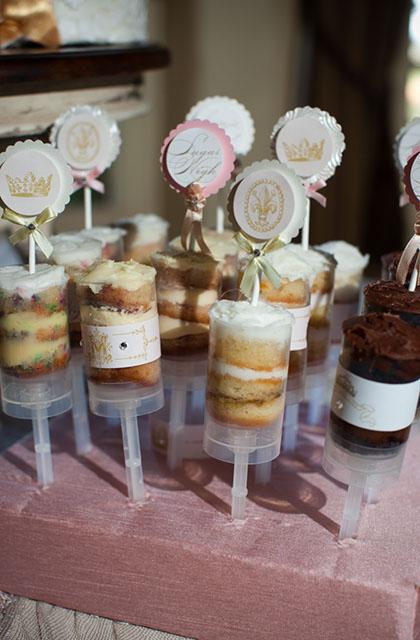 Push up pops em casamento da Sprinkles Custom Cake.