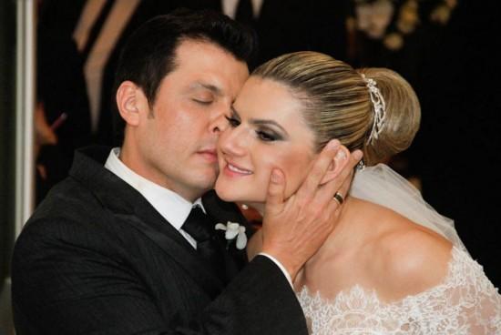 Chamego dos noivos. Casamento Mirella Santos e Ceará do Pânico.
