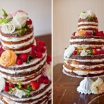 Naked cake de chocolate decorado com frutas vermelhas e flores. Foto: SMS Photography.