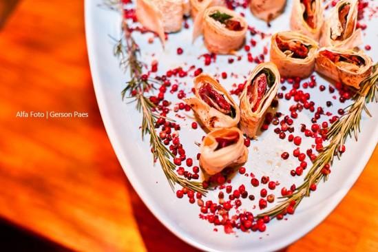 Finger foods de casamento: mini wrap. Foto: Alfa Foto.