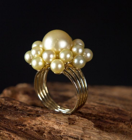 Casamento: anel de noiva com pérolas amarelas South Sea (design de Roberto de Pace e execução de Strass & Cezareto).