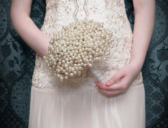 Buquê de noiva de pérolas. BridalBouquetsbyKy.