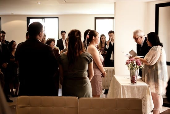 Casamento civil no cartório. Foto: Foco Estúdio.