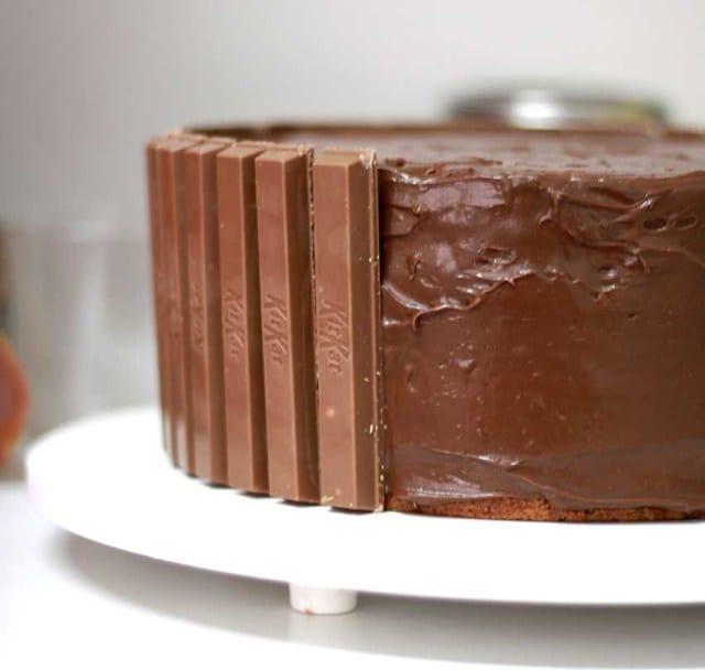 Como fazer bolo Kit Kat. Foto: The Cookie Shop.