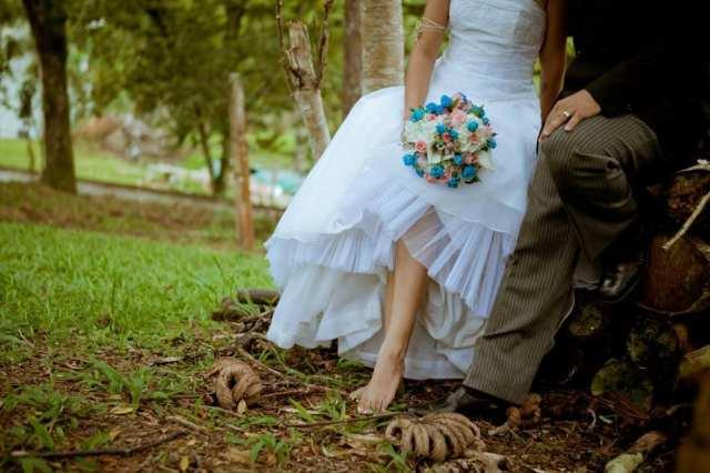 Noiva no casamento no campo de Greice e Everton. Foto: Caroline Cerutti,