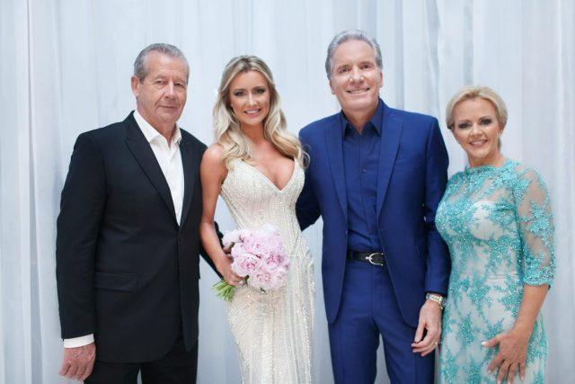 Os pais da noiva no casamento de Roberto Justus e Ana Paula Siebert.