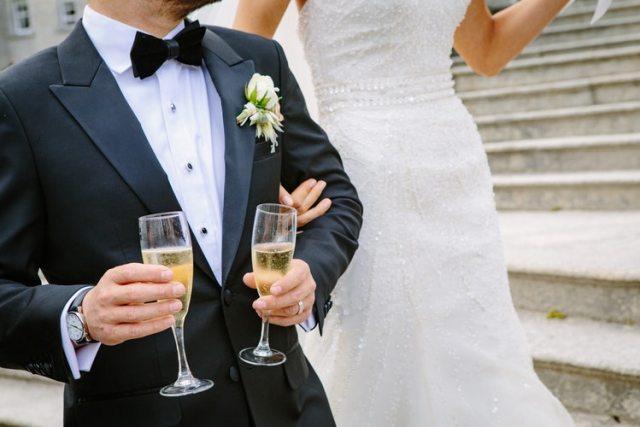 Champanhe no casamento: como calcular a quantidade ideal