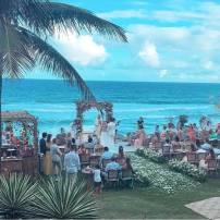 Praia do Kenoa Resort do Casamento de Karina Bacchi e Amaury Nunes. Foto: @jaquecerimonial