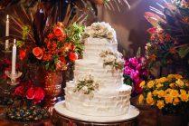 Bolo de casamento. Dreams Day: evento para noivas do espaço de casamento Villa Blue Tree. Foto: Nelson Takeyama