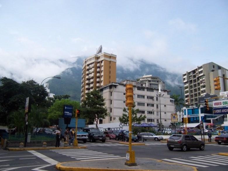 Cruzamento no bairro Altamira em Caracas