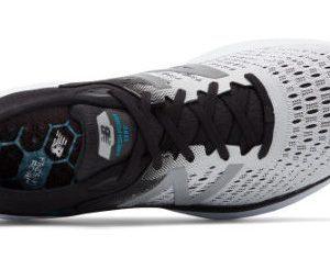 Análisis, review, características y ofertas de la zapatilla de correr New Balance Fresh Foam v9