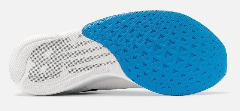 Análisis, review, características y ofertas para comprar la zapatilla de correr New Balance FuelCell TC