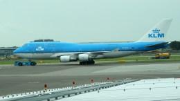Boeing 747-406(M) PH-BFE KLM