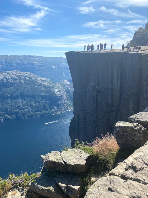 Puplit Rock drop off into Norway fjord