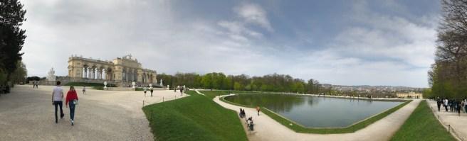 Gloriette mit Blick auf Schloss Schönbrunn