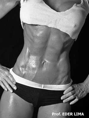 Como otimizar o consumo calórico diário na redução da gordura