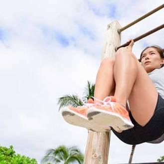 Abdominal suspenso: execução, músculos envolvidos e benefícios