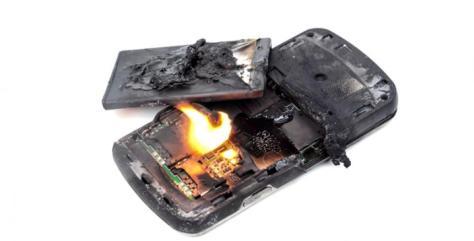 Tu Teléfono Movil Puede SALTAR EN LLAMAS