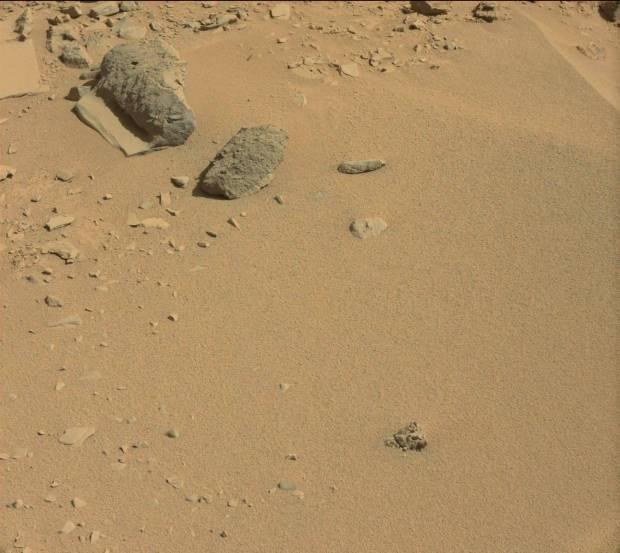 Context image for previous rock/slab formation. Credit: NASA / JPL-Caltech