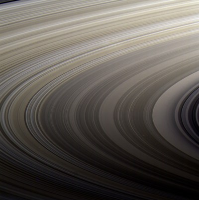 Image Gallery: Sweeping view across Saturn's rings