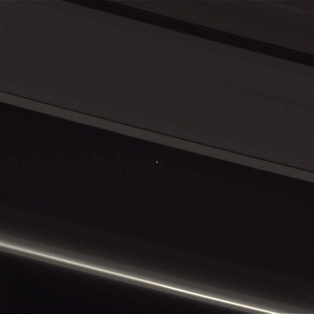 saturn-earth-4-13-17